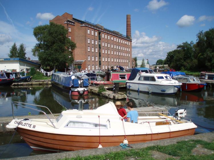 Hovis Mill, Macclesfield Canal
